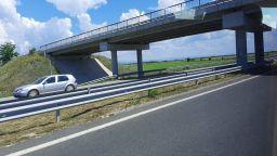 """8 катастрофи край Пловдив на магистрала """"Тракия"""" затрудняват пътя към морето"""