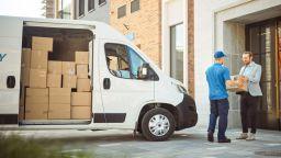 От 1 юли се облекчава обмитяването на пратки до 150 евро, получени при онлайн търговия