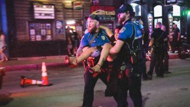 13 ранени след стрелба в оживения център на Остин (видео)