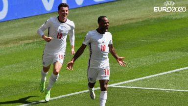 """Рахийм Стърлинг даде победоносен старт за Англия на развълнувания """"Уембли"""""""