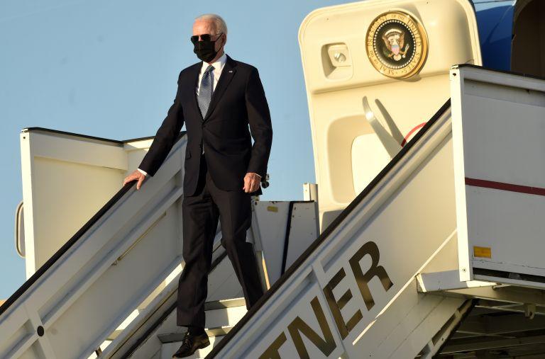 Байдън пристига на военното летище Мелсбрук преди срещата на върха на НАТО в Брюксел