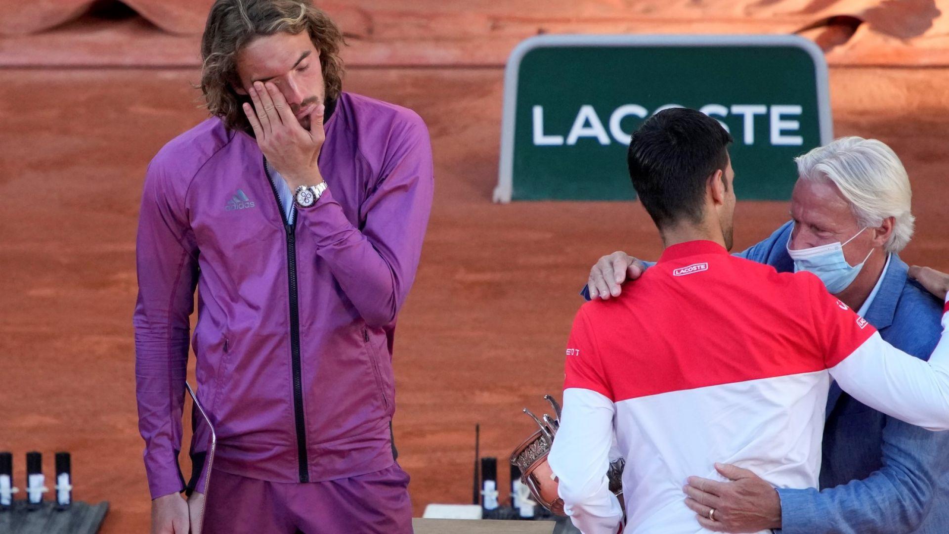 Семейна трагедия разклатила Циципас минути преди да излезе на финала в Париж