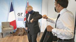 Войната на наденичките между Макрон и Джонсън на срещата на Г-7