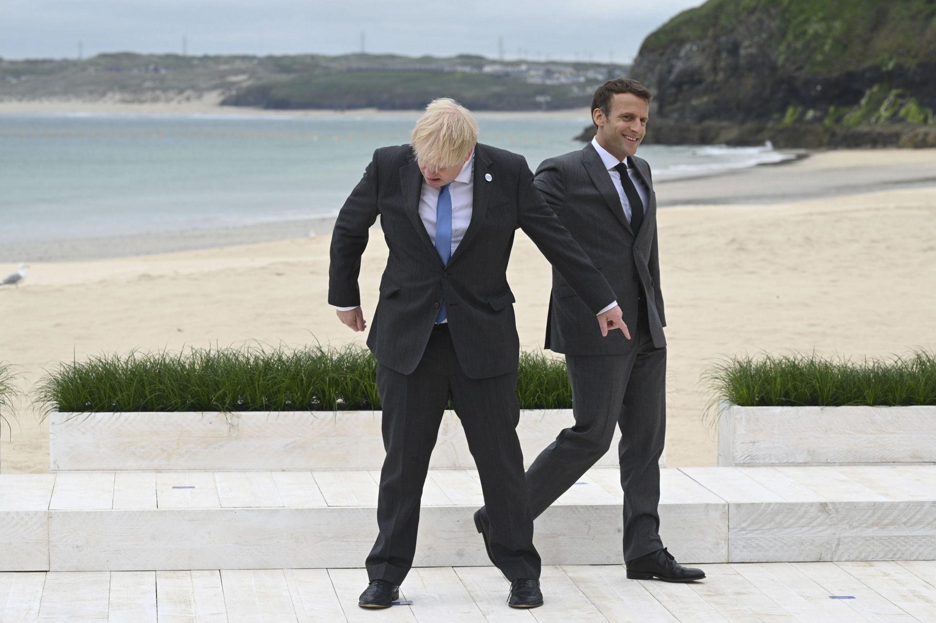 Все пак, в началото на срещата двамата политици демонстрираха, че могат да се шегуват заедно