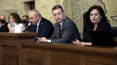 Янаки Стоилов: Да не се закриват районни съдилища преди промяна в законодателството