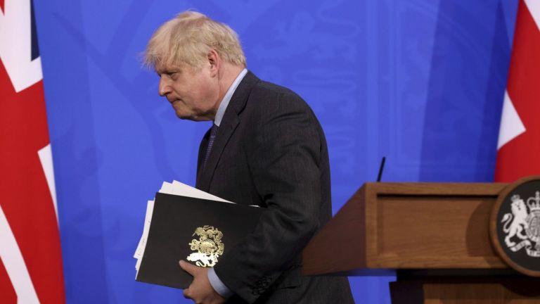 Британският премиер Борис Джонсън отложи днес плановете за отмяна на