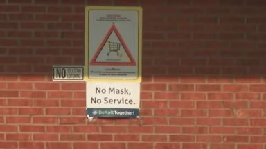 Клиент застреля касиерка след спор за предпазна маска в супермаркет в САЩ (видео)