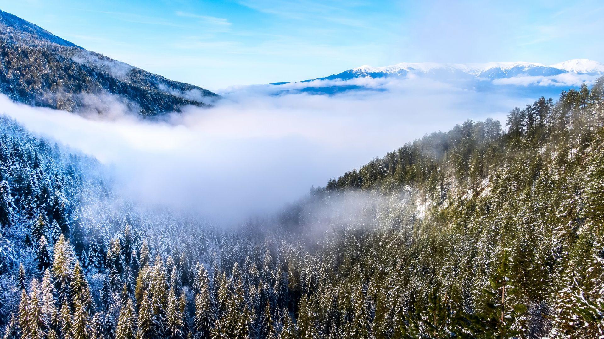 Рядко явление: Юнски сняг валя на Витоша, Рила и Пирин