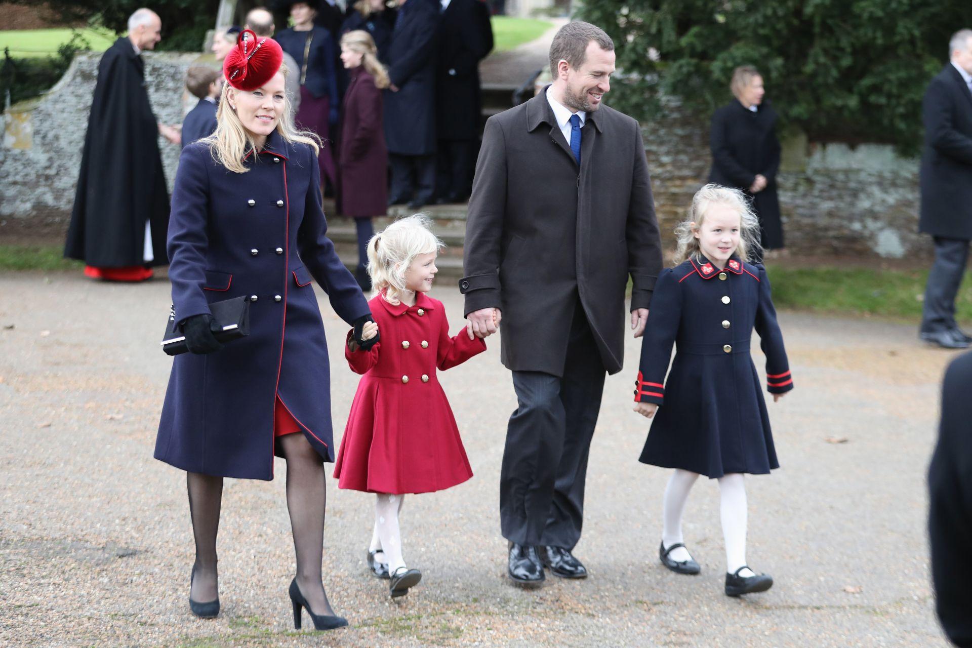 Питър с Отъм и двете им дъщери Савана и Айла