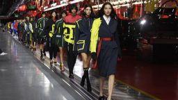 """""""Ферари"""" показа първата си модна колекция (видео)"""