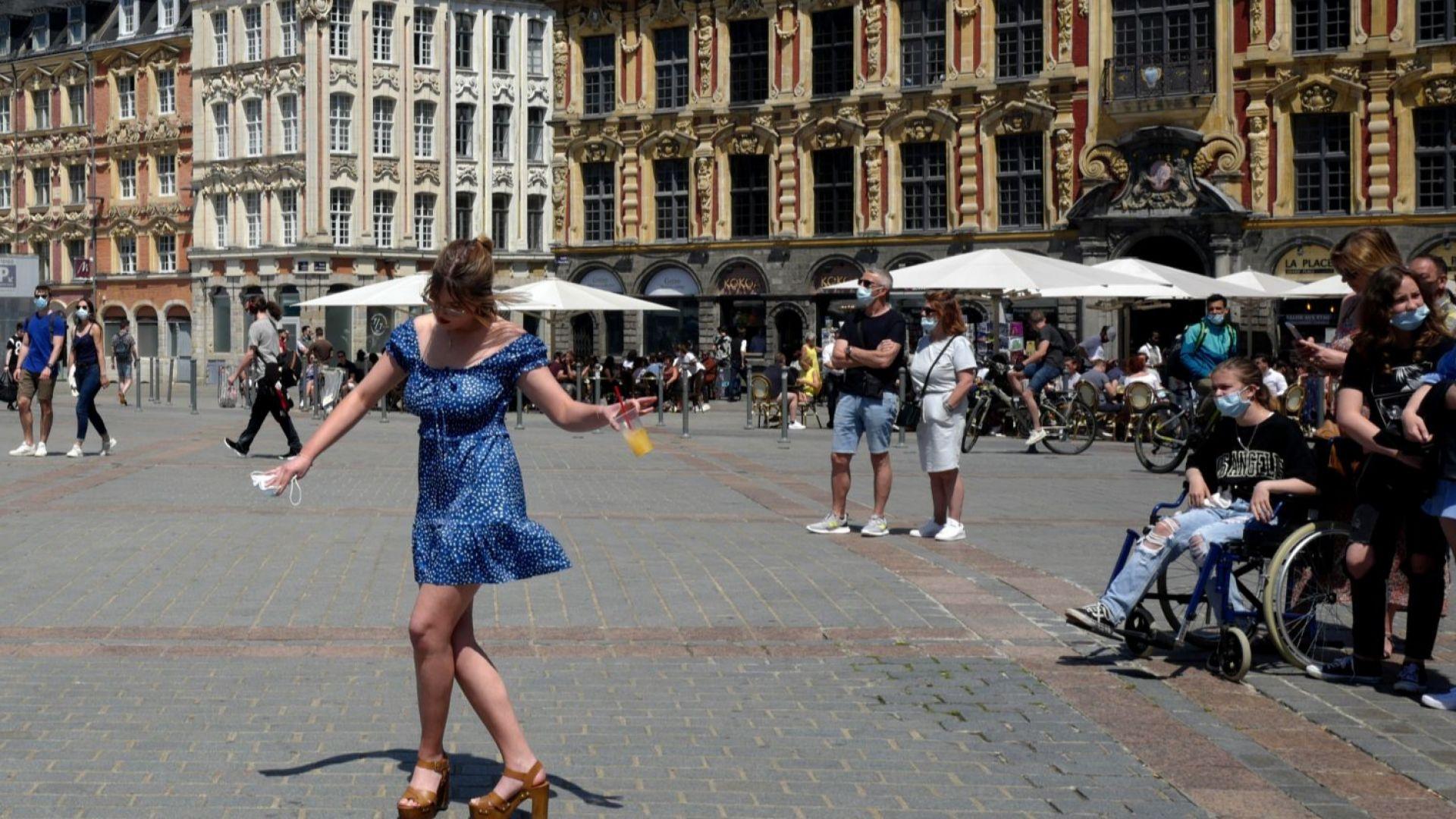 Франция разреши оплождането ин витро за лесбийки и самотни жени