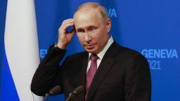 Американска репортерка към Путин: От какво толкова ви е страх? (видео)