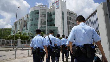 """Полицията в Хонконг е арестувала петима директори  на вестник  """"Епъл Дейли"""""""