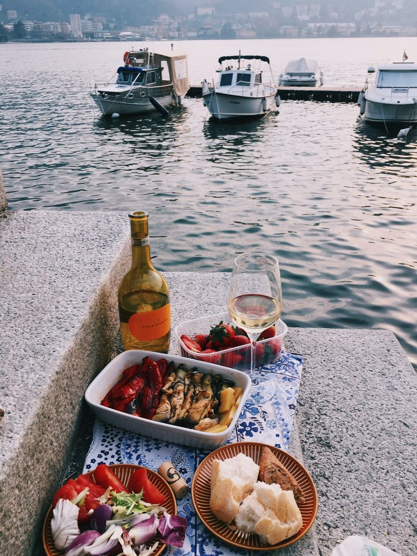 Пикник на пристанището