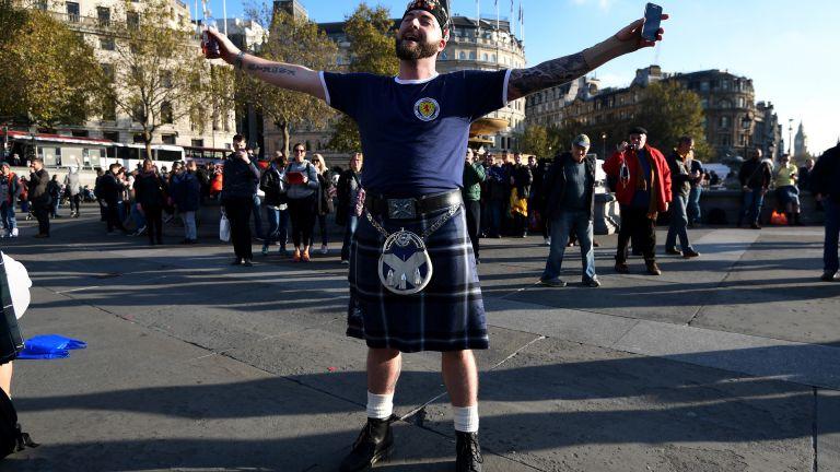 Инвазия в Лондон: Около 80 000 шотландци се изсипаха преди мача