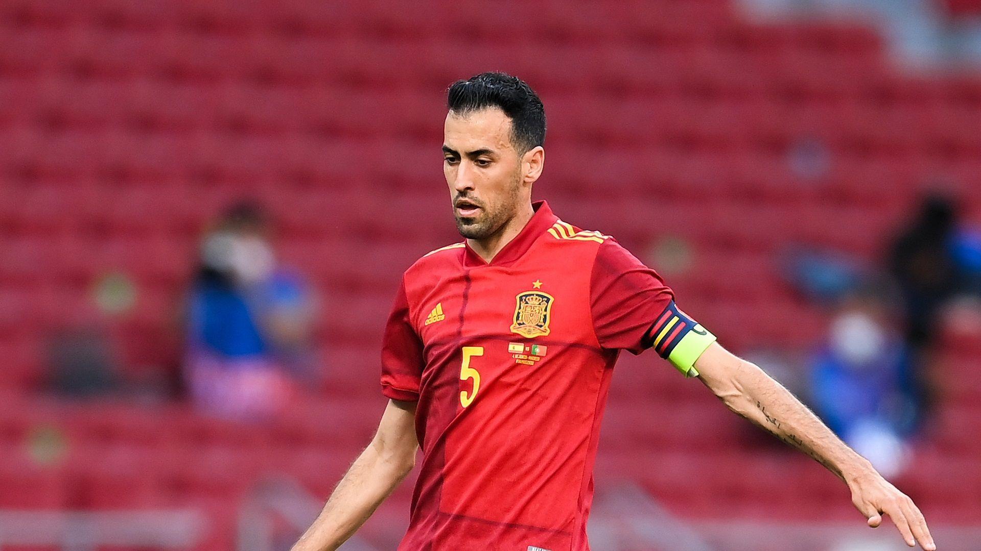 Капитанът на Испания се завръща в отбора след COVID-19