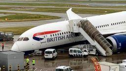 "Товарен самолет аварира на лондонското летище ""Хийтроу"" ( видео)"