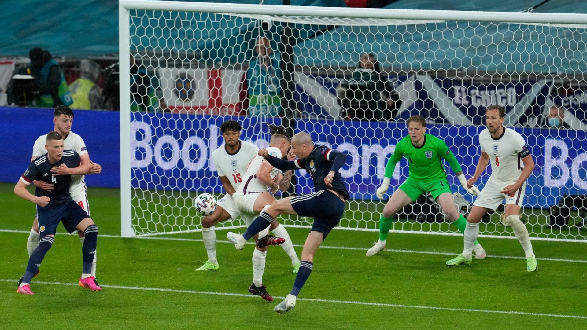 """Вратарят на Англия спечели предсрочно """"Златната ръкавица"""""""