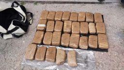 Вкарват трима в ареста за 16 кг хероин, открити в частен имот в кюстендилско село