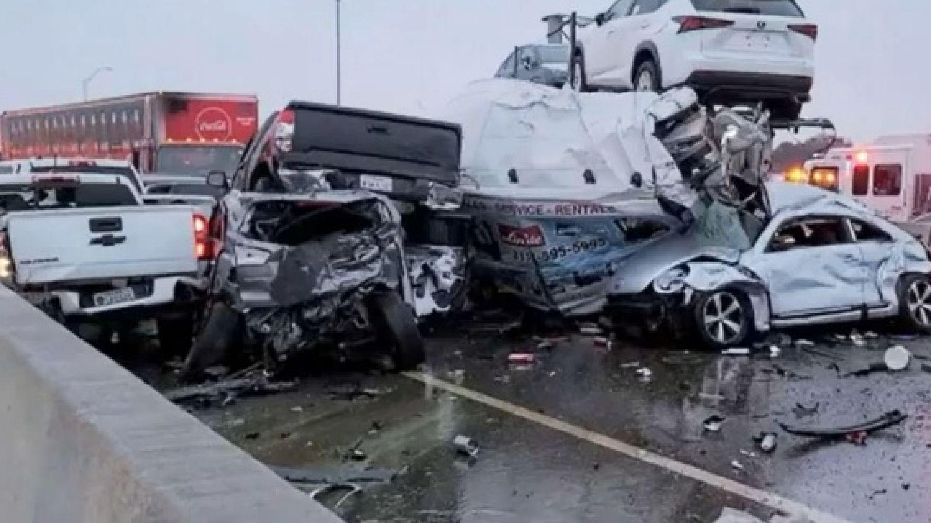 9 деца загинаха при верижна катастрофа от 15 автомобила заради тропическа буря в Алабама (видео)