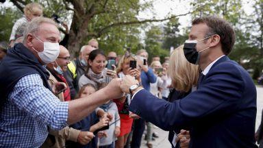 Избори в Франция: Малцина пред урните и превес на десницата над крайнодесните