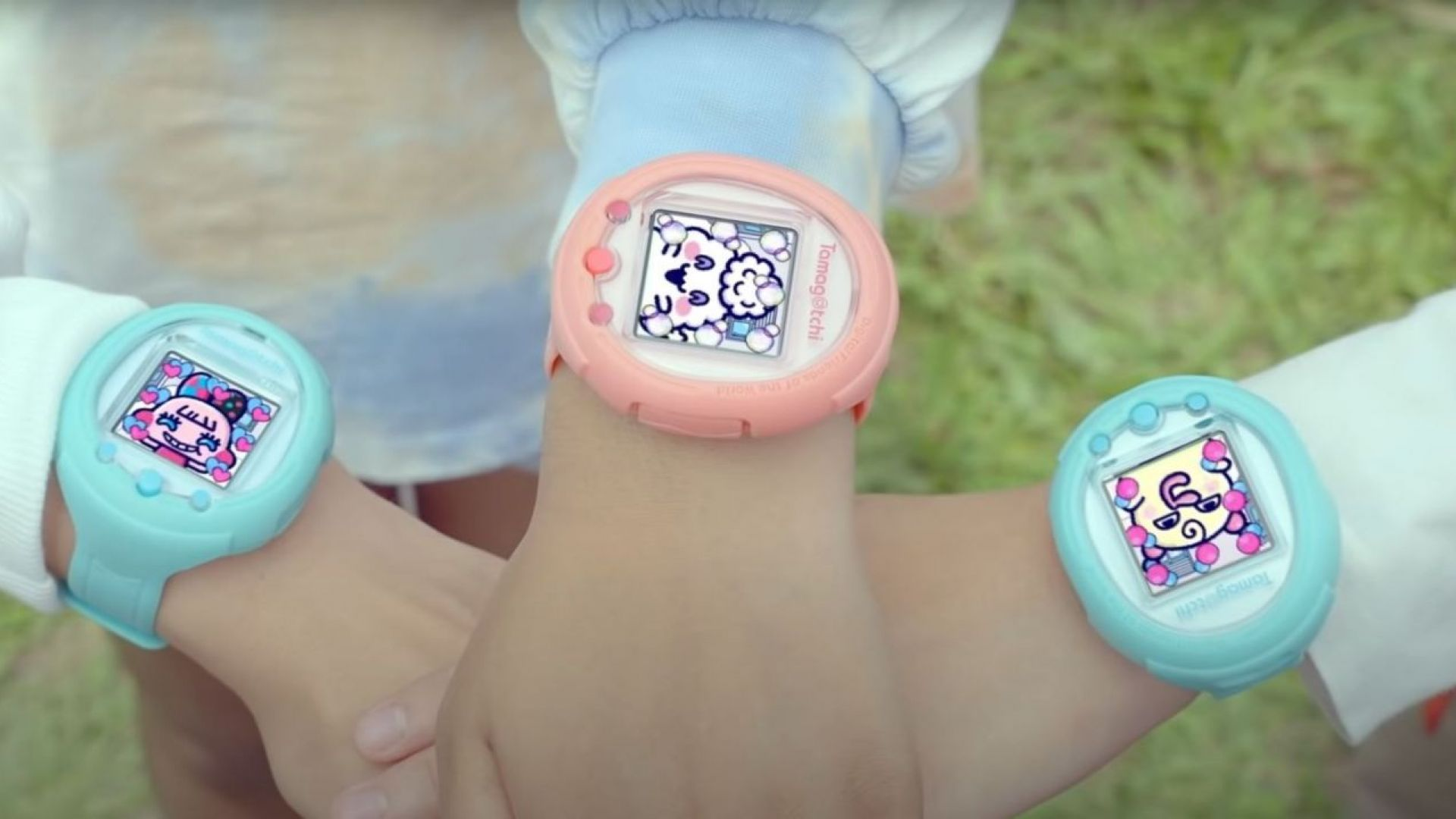 Тамагочи се завръща като умен часовник