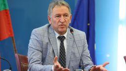 Кацаров: Ако хората продължават да не се ваксинират, може да обявим по-твърди мерки