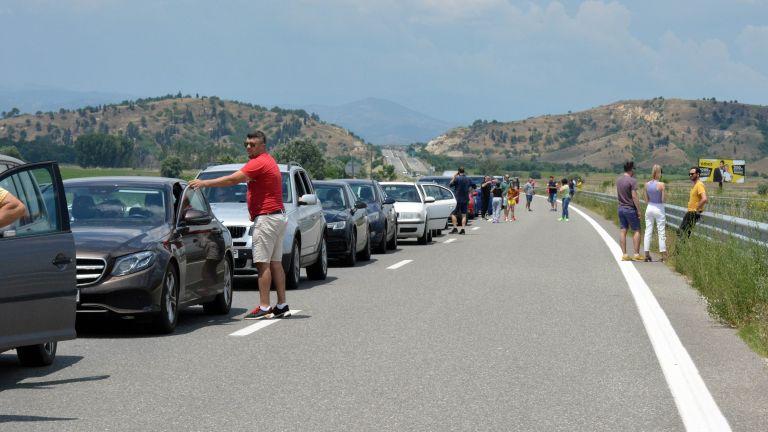 В следващите дни се очаква гръцкият министър на транспорта Костас