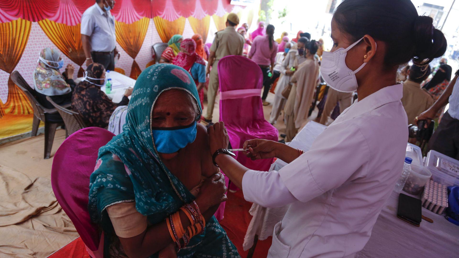 Индия с рекорд - 7,5 милиона ваксинирани за ден