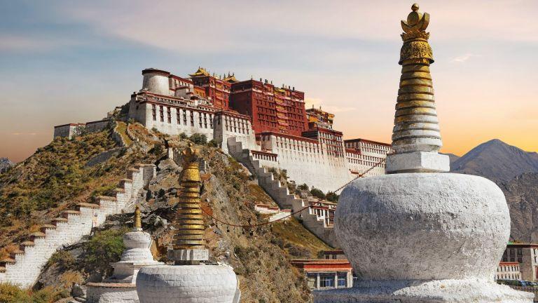 Тибет посреща повече туристи отколкото е населението на страната