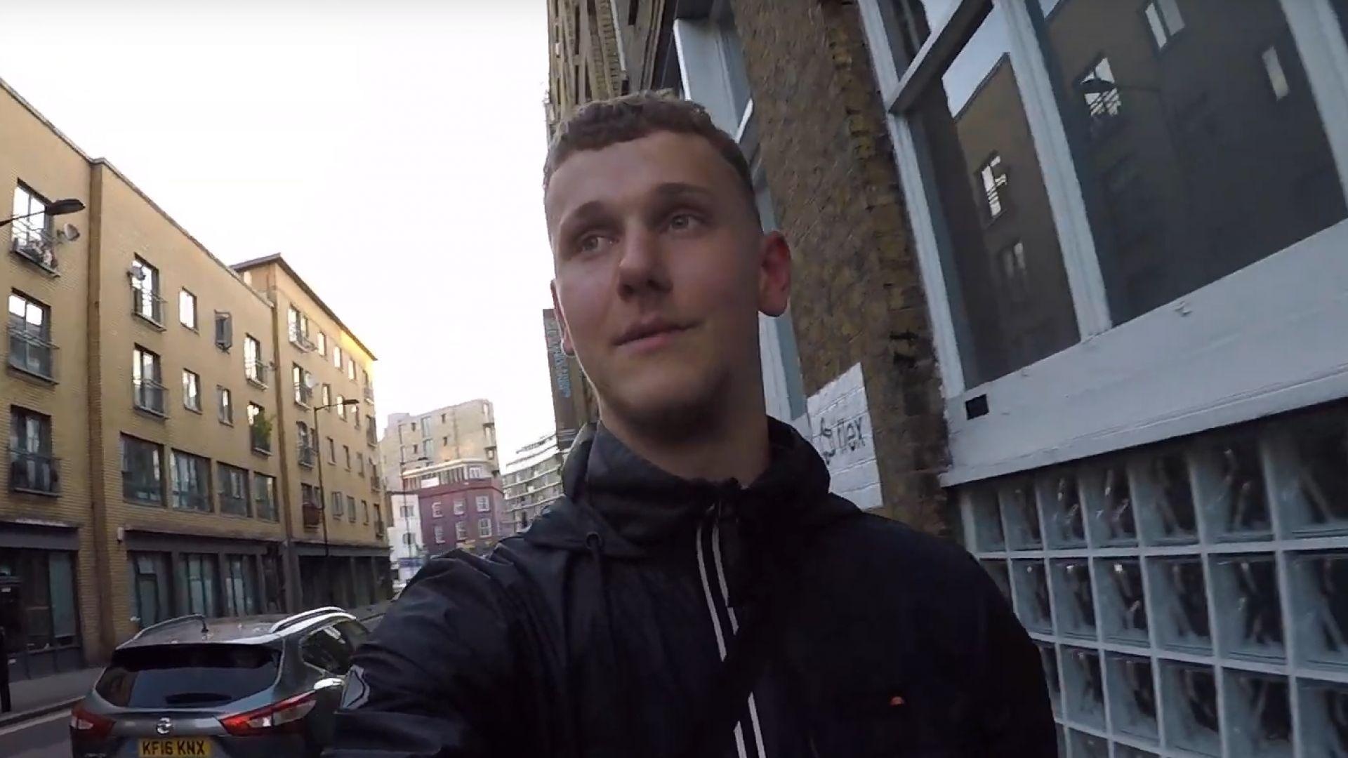 Арестуваха британския Деърдевил, изкатерил с голи ръце небостъргач в Копенхаген