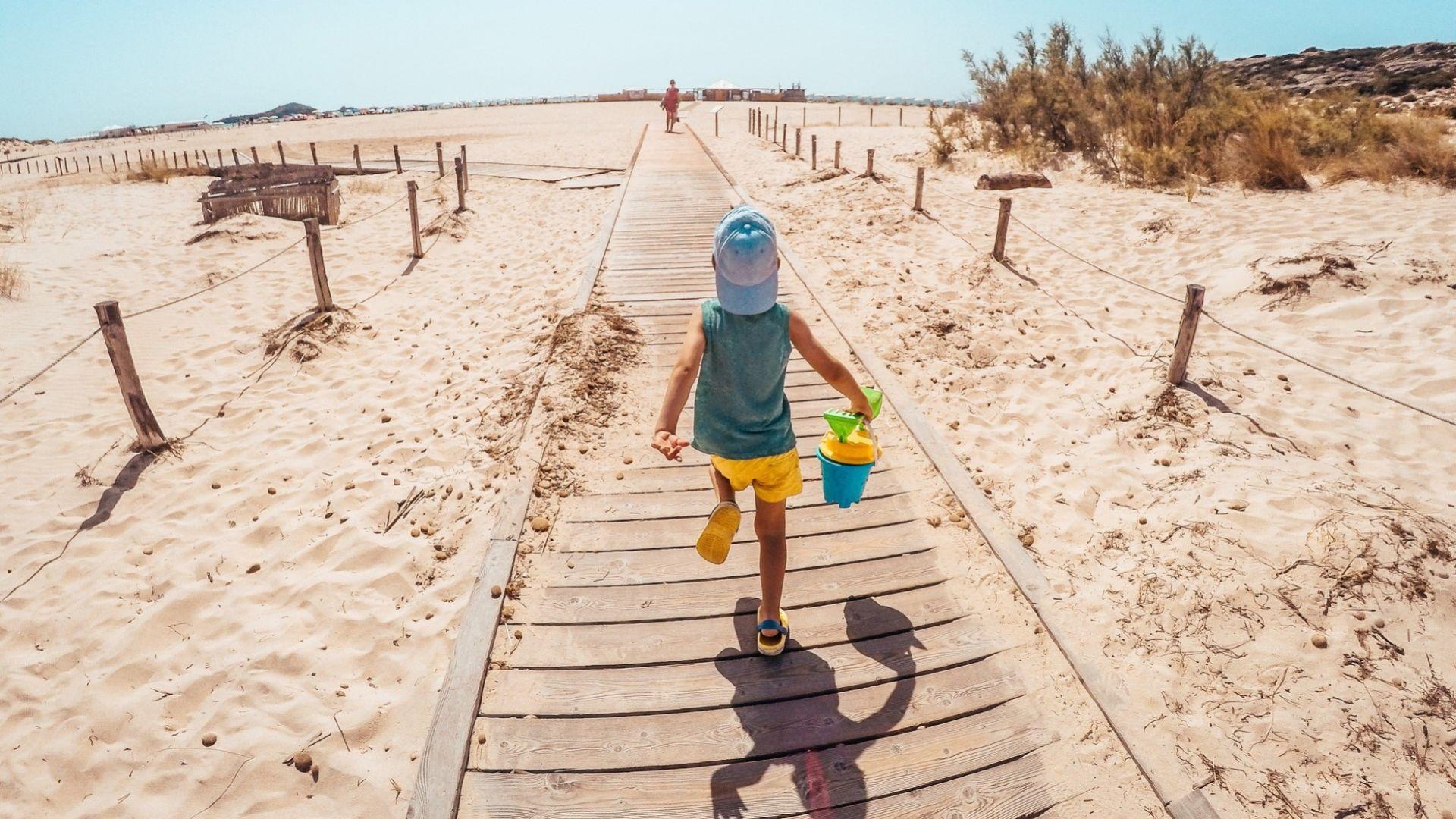 На Халкидики с деца: 10 от най-добрите (и плитки) плажове