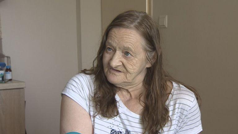 72-годишната Светла Данаилова е многодетна майка. С деветте си деца