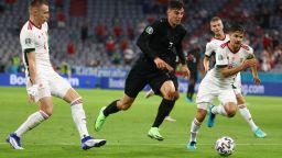 Германия се спаси минути преди края и си осигури класика с Англия