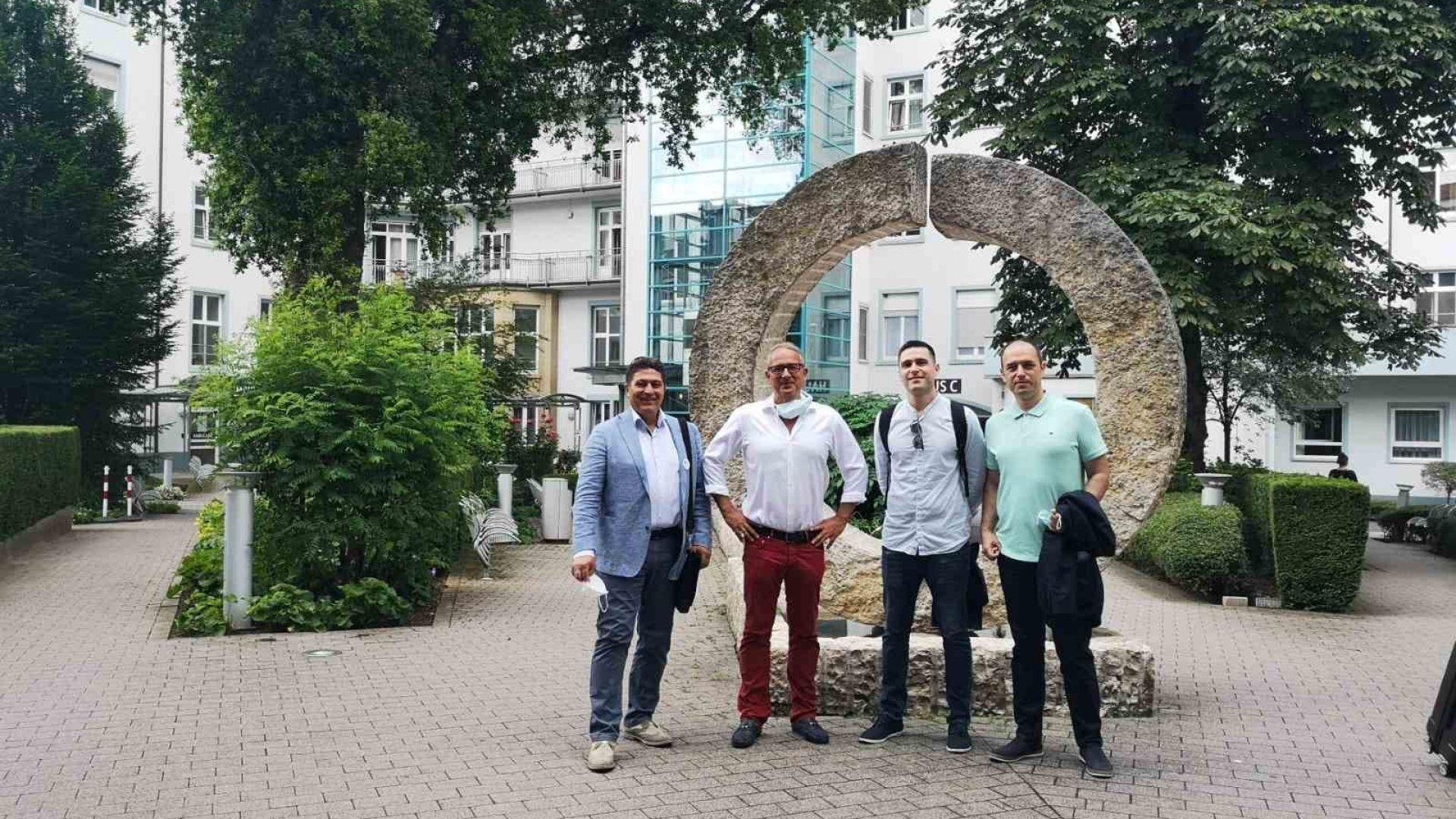 Хирурзи от ВИТА взеха активно участие в прочутия Мастер клас по Метаболитна и бариатрична хирургия в Германия!