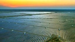 САЩ нанасят удар по китайската соларна индустрия