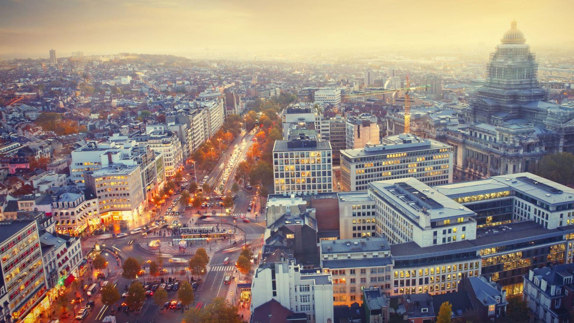 Брюксел забранява движението на дизелови коли - до 2030 г., а на бензинови - до 2035-а