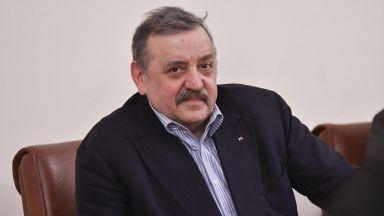 Проф. Кантарджиев прогнозира пик след пик в турбуленцията на четвъртата вълна
