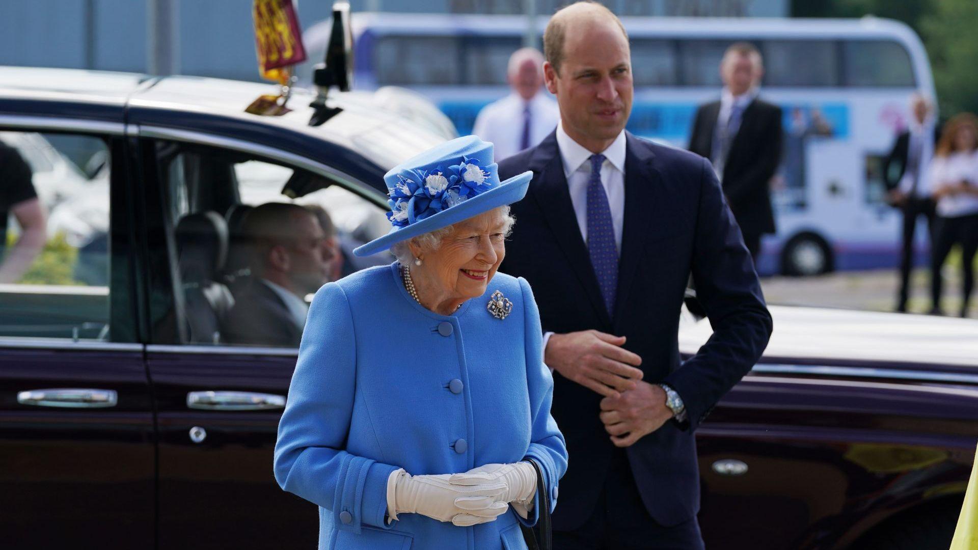 Принц Уилям замести принц Филип по време на едноседмичното посещение на кралицата в Шотландия