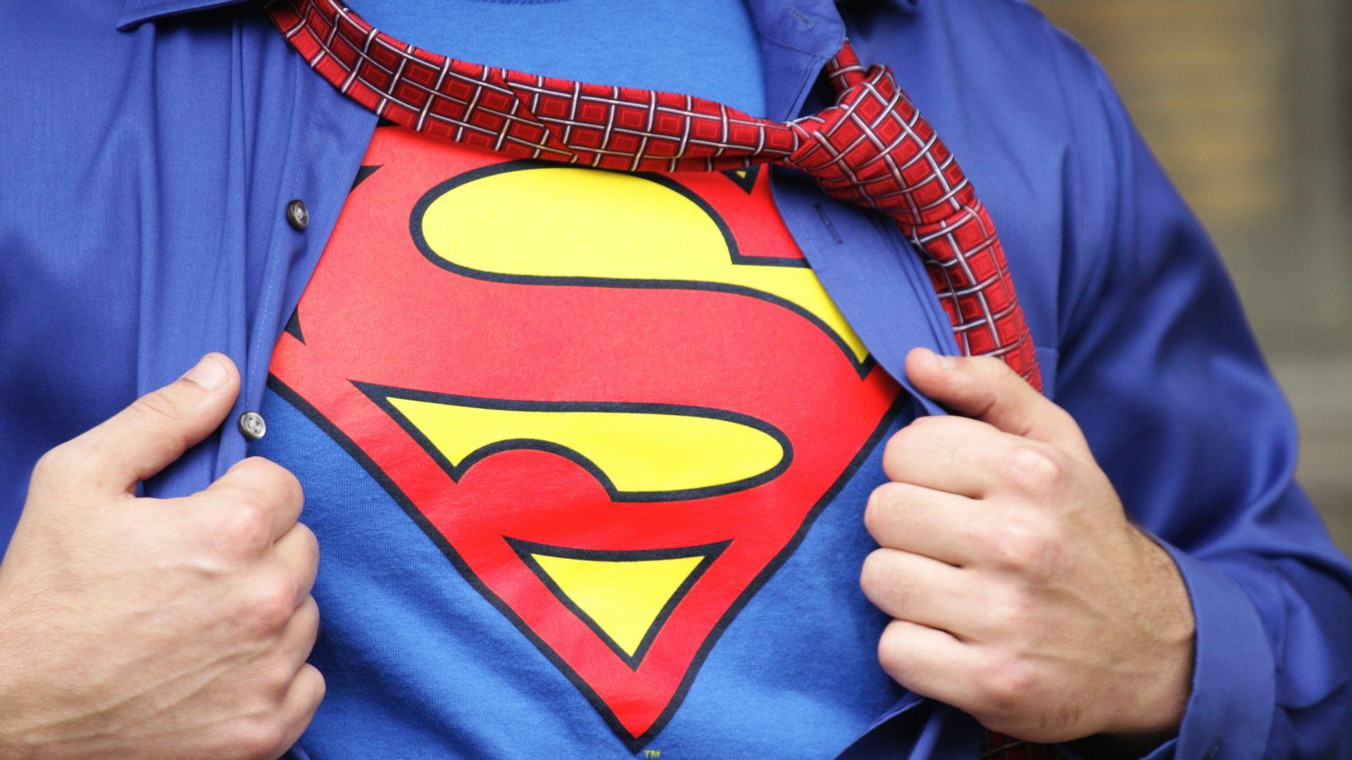 Трогателната история на детето, заклеймено като лъжец в училище, защото казало, че Супермен е негов чичо