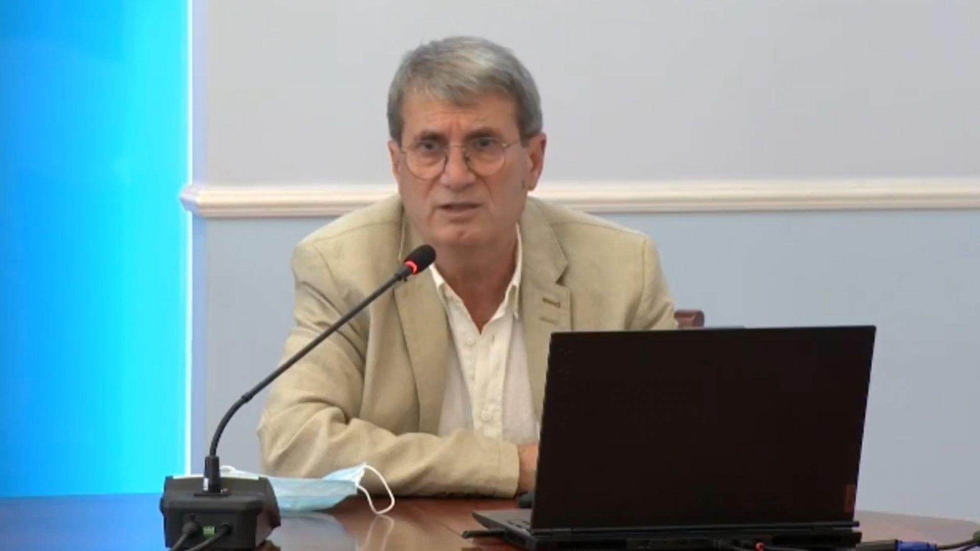 Доц. Христо Хинков: Изгубихме един малък град заради пандемията