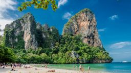 Ваксинираните българи пътуват до Тайланд без карантина