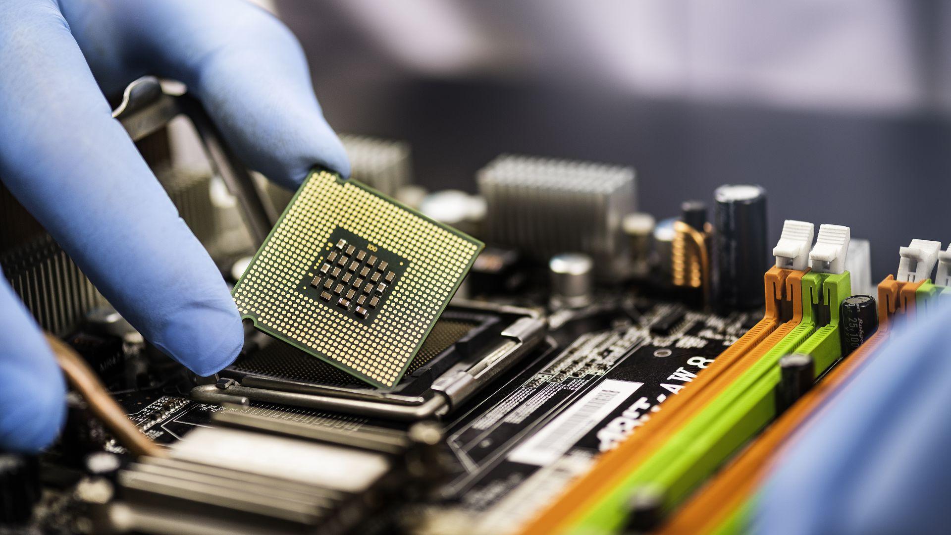 Nvidia очаква недостигът на графични процесори да продължи и през 2022