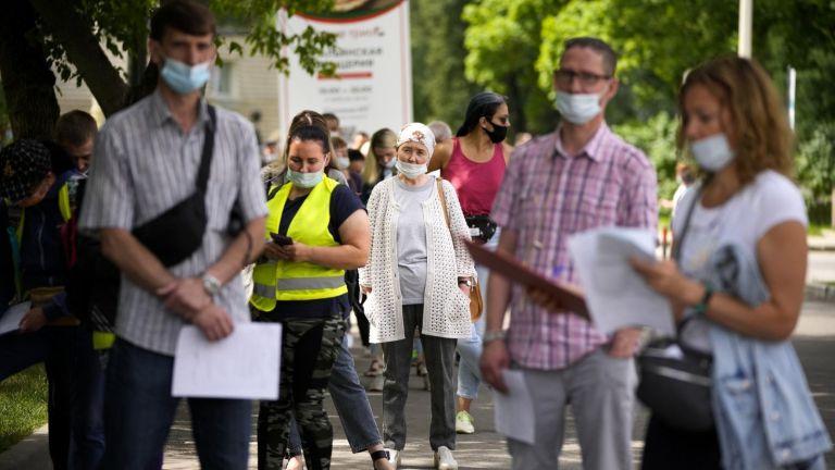 Русия отчете днес 1002 починали от коронавирус в рамките на