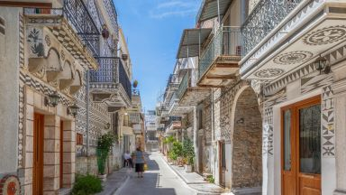 Пирги: Изрисуваното гръцко село от приказките (снимки)