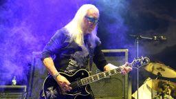 Мик Бокс: Смъртта на Джон Лоутън е огромна загуба за световната рок музика