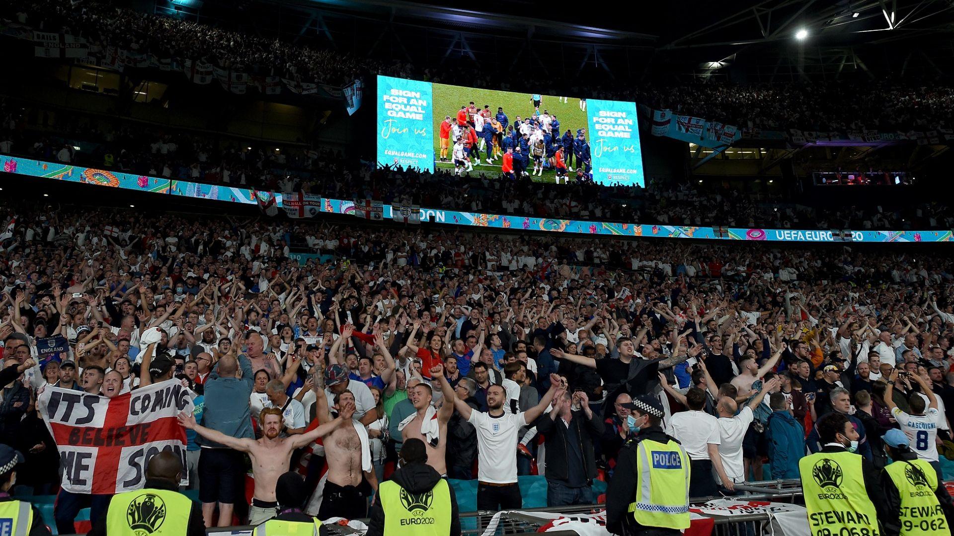 """Еуфорията в Англия е пълна, заговори се за 90 000 на """"Уембли"""" за финала"""