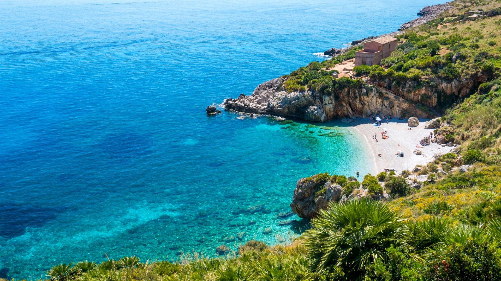 Кала Тонарела, Сицилия
