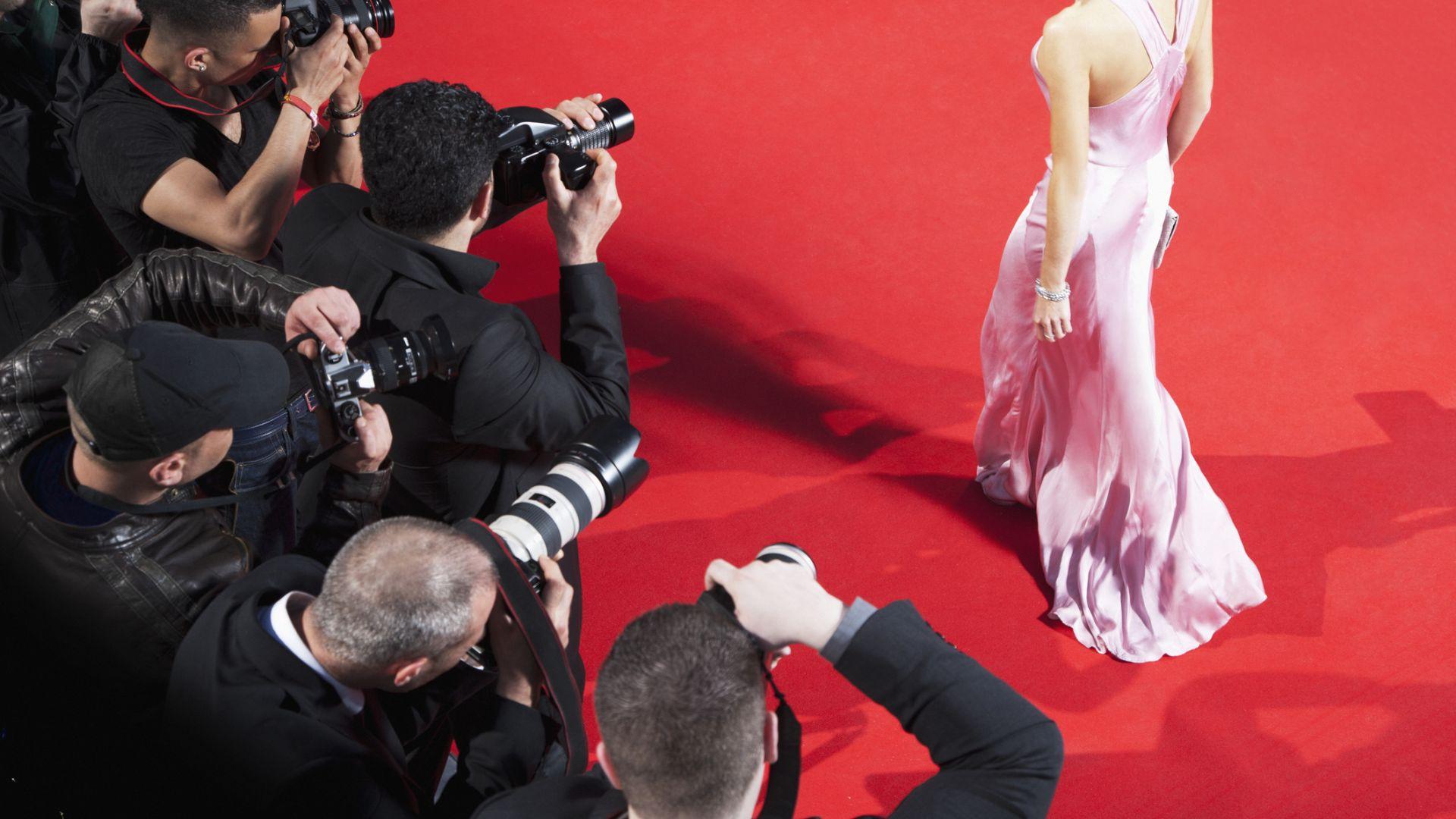 """Звездите се стичат в Кан за дългоочакваната премиера на """"Френският диспечер"""""""