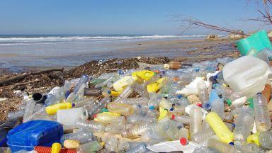 Топ 10 на държавите, които изхвърлят най-много пластмаса в океаните